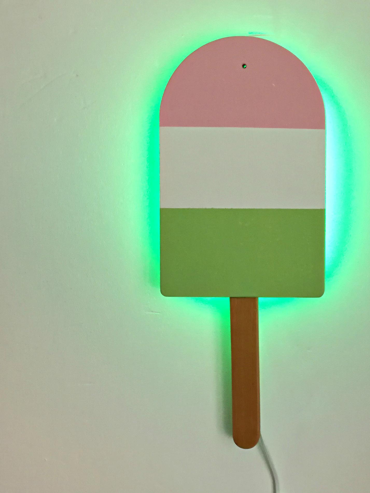 Tikkurila_lampka_na_sciane _DIY