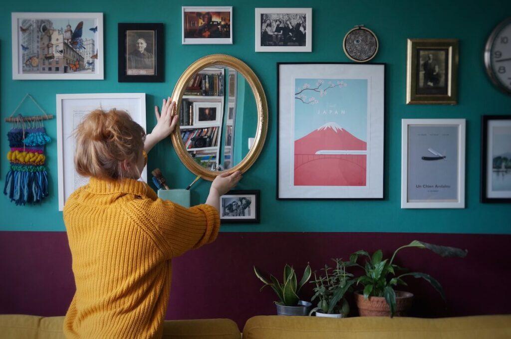spójrz-na-swój-dom_salon_galeria-ścienna